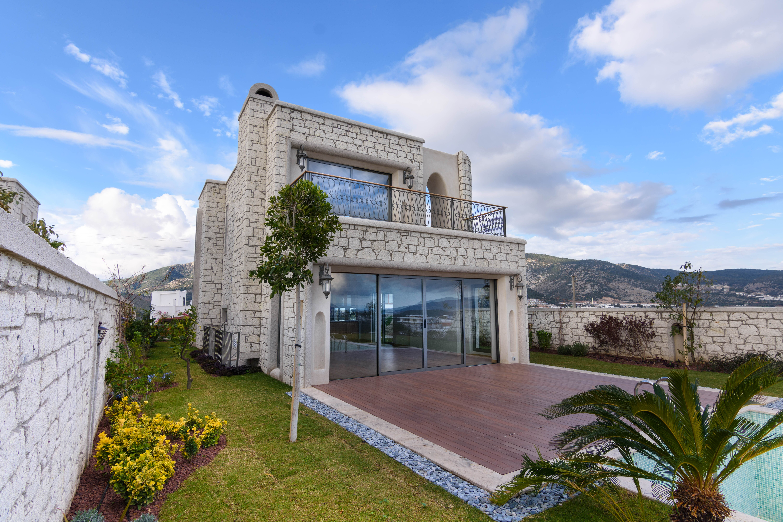 Bodrum Bitez'de Satılık Deniz Manzaralı Villa