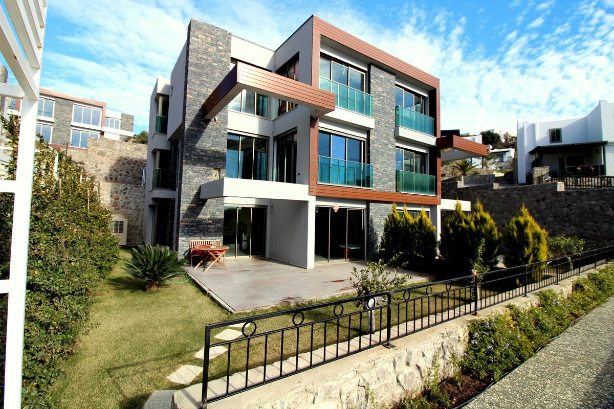 Bodrum Asarlık'ta Satılık Villa